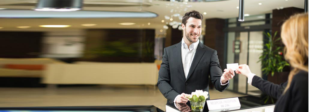 How Hotels Can Provide a Better Front Desk Experience